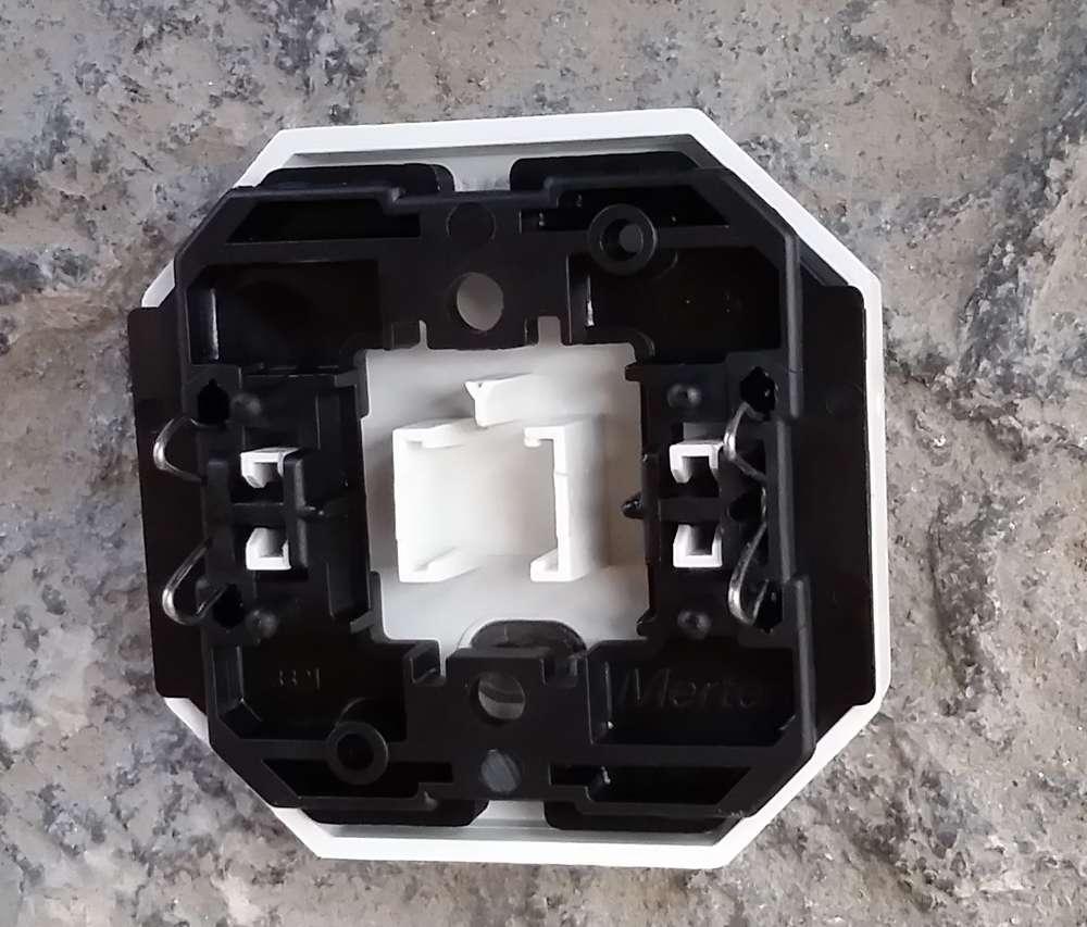 Merten OctoColor Schalter mit Wippe in polarweiß
